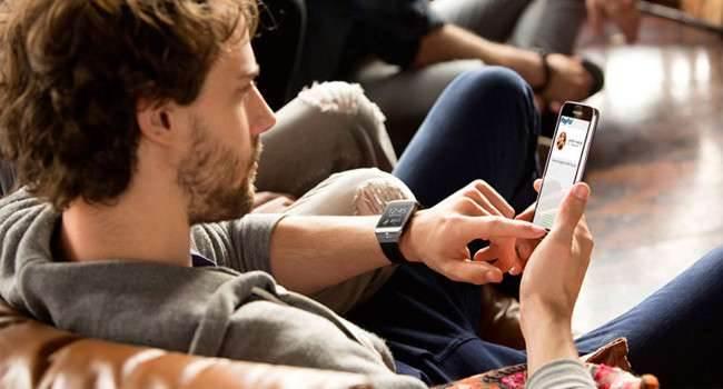 W końcu! Urządzenia naręczne Samsunga kompatybilne z iOS polecane, ciekawostki Samsung, opaska samsung i IPhone, opaska, jak sparować opaskę samsunga z iphone, iPhone, gear s app store, gear fit app store, AppStore, Apple  W zeszłym roku udało mi się zapisać do testów aplikacji mobilnych, służących do obsługi urządzeń naręcznych Samsunga po sparowaniu ich z urządzeniami mobilnym z iOS. Gear3 650x350