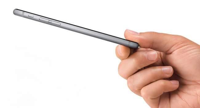 Apple Pay zmierza do Czech i Słowacji nowosci słowacja, czechy  Najnowsze doniesienia mówią o tym, że prawdopodobnie na początku marca lub pod koniec lutego tego roku płatności mobilne od Apple zadebiutują w Czechach oraz na Słowacji. ApplePay 1 650x350