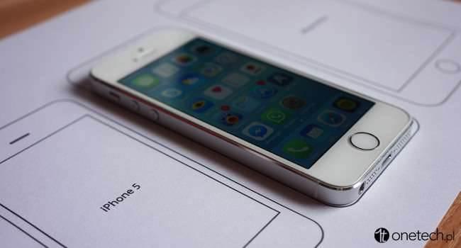 """Jak duży jest iPhone 6 Plus? Wydrukuj szablon i sprawdź! ciekawostki wielkość iPhone 6 Plus, szablon iPhone 6 Plus, Nowy iPhone 6, jak duży jest iPhone 6 Plus, iPhone 6, Apple iPhone, Apple  Wczoraj Apple zaprezentowało dwa nowe modele iPhone - iPhone 6 i iPhone 6 Plus. Na pewno wielu z Was zastanawia się jak duży jest iPhone z ekranem 5,5? i jak """"leży"""" w dłoni? Szablon 650x350"""