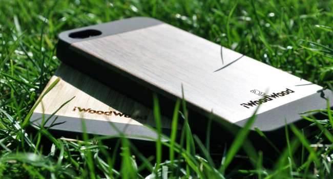 Etui iWoodWood - recenzja recenzje, akcesoria test, opinia, iWoodWood, iPhone, iPad, Etui iWoodWood iPhone, Etui iWoodWood iPad, Etui iWoodWood, etui, Apple  Na rynku pojawił się nowy ?gracz? produkujący etui dla iUrządzen. Obecnie mamy wiele różnych typów etui, jedne chronią nasze urządzenie przed usterkami mechanicznymi, a drugie poprawiają ich wygląd. Czy iWoodWood na nowo piszę definicję etui? iW1 650x350