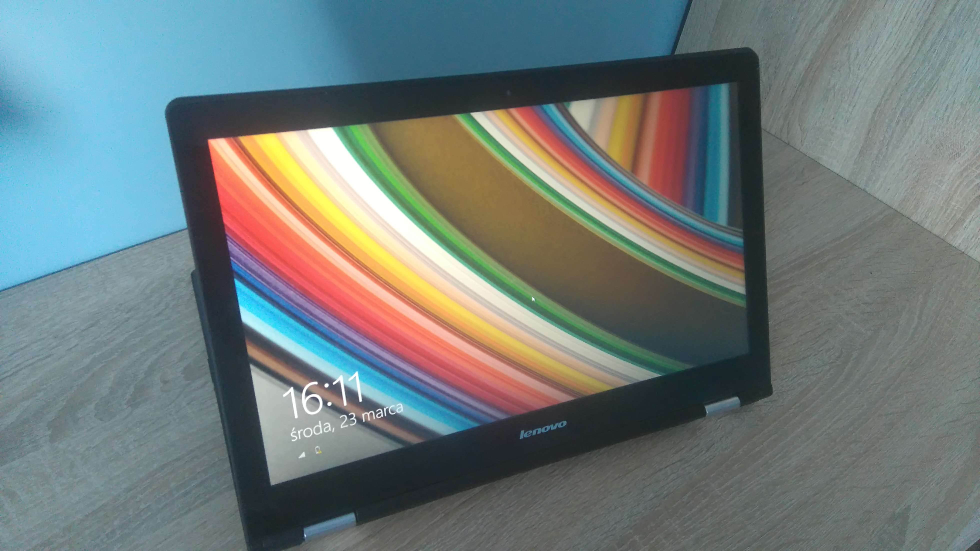 Lenovo YOGA 500 - recenzja urządzenia recenzje, polecane zalety, yoga 500, właściwości, wadyz, wady, Specyfikacja, recenzja Lenovo YOGA 500, polska recenzja Lenovo YOGA 500, Lenovo YOGA 500, lenovo, laptop Lenovo YOGA 500, jak działa Lenovo YOGA 500, czy warto kupić Lenovo YOGA 500, cena  Od ubiegłorocznych wakacji korzystam z 12 - calowego Chromebooka i ostatnio wpadłem na pomysł, aby wziąć do testów laptopa z Windowsem, więc padło na Lenovo YOGA 500.  DSC 0006 5
