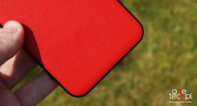 Comma Vivid Leather Case - piękne skórzane etui dla iPhone recenzje, polecane, akcesoria test, skórzane etui comma, polska recenzja, pokrowiec, Comma Vivid Leather Case, comma etui dla iPhone, comma  COMMA w swojej ofercie ma wiele naprawdę pięknych etui dla iPhone. Przez ostatnie dwa tygodnie miałem przyjemność zapoznać się z modelem Vivid Leather Case, który jest dostępny zarówno dla iPhone 6/6s jak i iPhone 6 Plus/6s Plus. comma.glowne 650x350