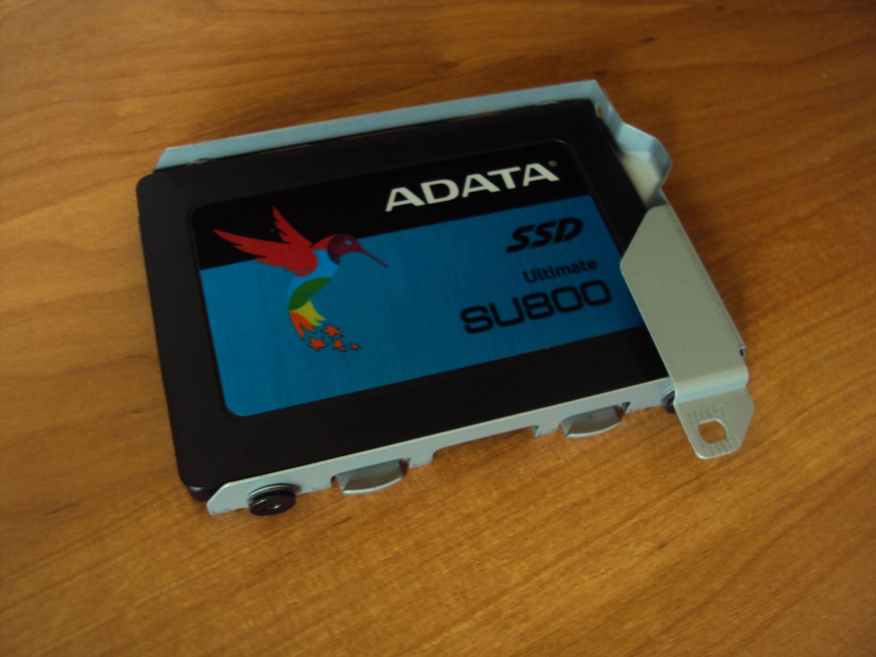 Dysk SSD ADATA SU800 Ultimate (3D NAND) - test i recenzja recenzje, ciekawostki zalety, wady, recenzja Dysk SSD ADATA SU800 Ultimate, polska recenzja, Dysk SSD ADATA SU800 Ultimate  Początkowo twierdziłem, że fabryczny dysk twardy w PlayStation 4 będzie mi wystarczał, ponieważ od razu po zakupie nie miałem zbyt wielu gier. DSC02575