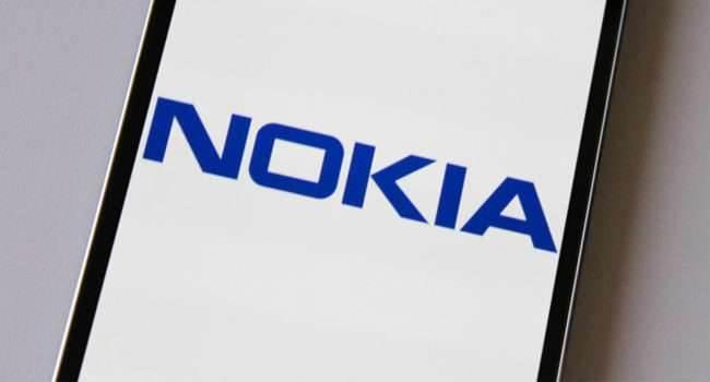 Nokia wskrzesi kolejny retro telefon w chiński Nowy Rok polecane, ciekawostki Retro, Nokia  Nokia przygotowuje się do ?ożywienia? kolejnego retro telefonu. Dyrektor Juho Sarvikas zasugerował, że nowy produkt może zostać wydany przed końcem stycznia. nokia 1 650x350