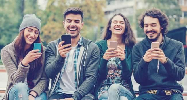 Apka Lottoland ? recenzja recenzje zakłady online, Recenzja, Lottoland na iOS, Lottoland na Android, Lottoland, lotto, iPhone, iPad, Aplikacja  Aplikacje, o których piszemy na naszej stronie służą różnym celom ? jedne poświęcone są wyłącznie rozrywce, inne ułatwiają nam codzienne funkcjonowanie. Z kolei apka Lottoland w pewnym sensie łączy obie te grupy. lotto 650x350
