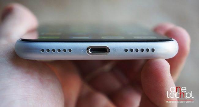 Natural Case, czyli ultracienkie etui dla iPhone X od 3mk recenzje, polecane, akcesoria ultracienkie etui dla iPhone X, Recenzja, pokrowiec, Opinie, natyral case, Natural Case 3mk, natural case, iPhone X, etui, cienkie etui dla iPhone X, cena, bardzo cienkie etui dla iPhone X, Apple, 3mk Natural Case dla iPhone X, 3mk Natural Case dla iPhone C, 3mk  Takiego właśnie etui dla iPhone X szukałem od kilku tygodni. Poznajcie ultracienkie i dostępne w bardzo przyzwoitej cenie etuiNatural Case od 3mk. 3mk iPhoneX 4 650x350