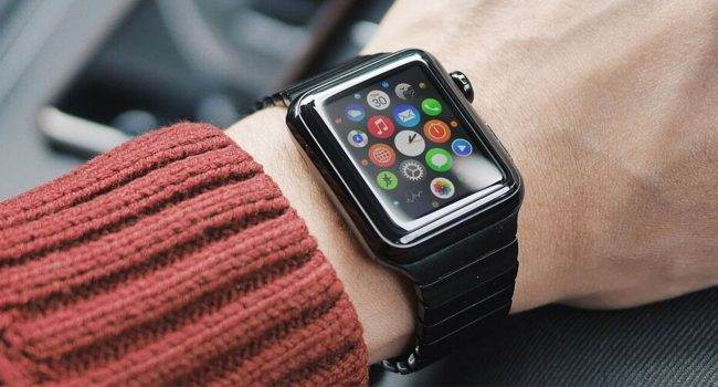 InvisibleShield wprowadza na rynek szkło ochronne Glass Curve Elite dla zegarków Apple Watch Series 3 ciekawostki szkło ochronne, Glass Curve Elite, Apple Watch Series 3, Apple Watch, Apple  Należąca do firmy ZAGG marka InvisibleShield, światowy lider i innowator w dziedzinie ochrony ekranów ogłosiła właśnie, że wprowadza na rynek szkło Glass Curve Elite przeznaczone specjalnie dla zegarków Apple Watch Series 3.  Apple Watch 650x350