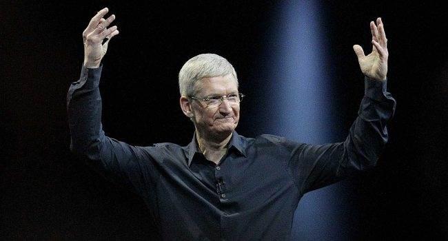 Tim Cook - ile zarobił szef Apple w 2018 roku? polecane, ciekawostki zarobki tima cooka, Tim Cook, pensja tima cooka, ile zarobił szef apple w 2018, Apple  Kilka dni temu w sieci pojawiła się informacja o zarobkach Tima Cooka, czyli szefa Apple. Jesteście ciekawi ile Tim zarobił w roku 2018? Tim 650x350