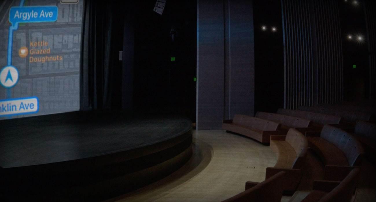 Zobacz co aktualnie dzieje się w Steve Jobs Theater. Apple uruchomiło specjalną transmisję na żywo na kilka godzin przed konferencją polecane, ciekawostki wiosenna konferencja apple 2019, przekaz na żywo, gdzie oglądać  Już dziś o godzinie 18-tej rozpocznie się wiosenna konferencja Apple na której gigant z Cupertino przedstawi nam swoje nowe usługi.  live 1