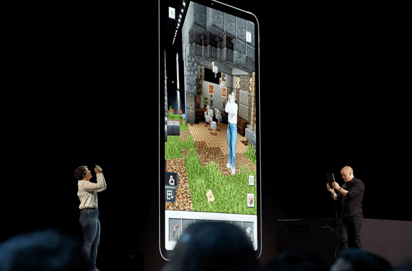 Które urządzenia będą mogły korzystać z ARKit 3? polecane, ciekawostki na jakich urządzeniach ARKit 3, iPhone, ARKit 3, Apple  Na konferencji deweloperskiej WWDC 2019 Apple przedstawiło zaktualizowaną platformę ARKit 3, a także ogłosiło szereg nowych narzędzi do tworzenia rozszerzonej rzeczywistości: RealityKit i Reality Composer. Arkit3 1