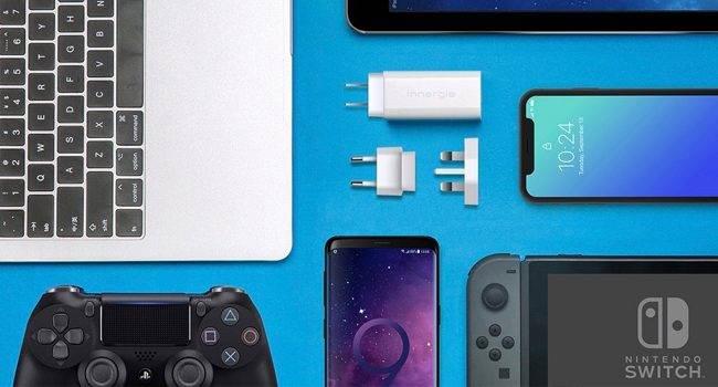 Bardzo mała, ale o potężnej mocy. Poznajcie ładowarkę Innergie 60C USB-C polecane, akcesoria Wideo, ThinkStore, szybka ładowarka do iPhone, szybka ładowarka do ipad Pro, ładowarka, Innergie 60C USB-C  Polecaliśmy Wam już wiele ładowarek. Dziś mamy dla Was kolejną. Potężną, ale bardzo małą. Taką, która bez problemu zmieści się w kieszeni Waszych spodni. Poznajcie Innergie 60C USB-C. Ladowarka 650x350