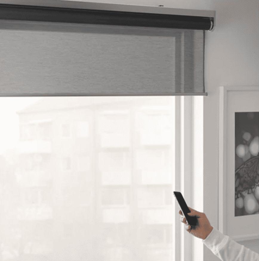 Roleta KADRILJ zgodna z iOS i HomeKit już dostępna w IKEA polecane, ciekawostki roleta sterowana iPhone, roleta kompatybilna z homekit, Roleta KADRILJ, roleta ikea, kadrilj, iPhone, iOS, ikea, cena Roleta KADRILJ, Apple  Dobre wieści dla osób, które chciały zakupić najnowszy produkt KADRILJ, czyli roletę zgodną z HomeKit, którą można sterować za pomocą iPhone i iPad. Produkt jest już dostępny. Także w Polsce. Ile kosztuje? roleta2