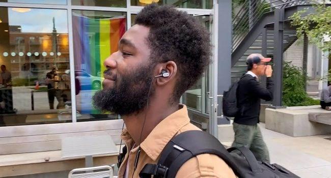 Nowa reklama słuchawek Koss nakręcona iPhone 11 Pro Max polecane, ciekawostki Wideo, słuchawki Koss, Koss, iPhone 11 Pro Max  Użytkownik Reddit o pseudonimie martinmooremilwaukee udostępnił w dniu wczorajszym wideo z reklamą słuchawek Koss, którą nakręcił iPhone 11 Pro Max. Koss 650x350