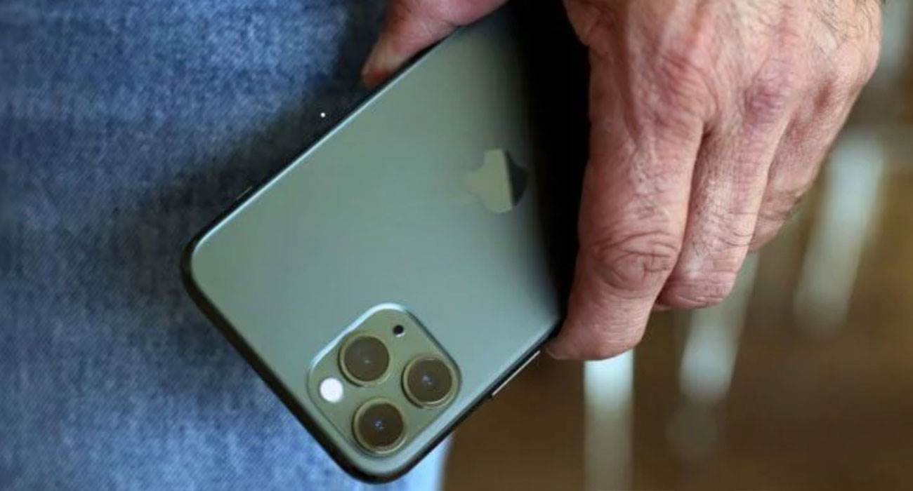 Z powodu ogromnego zainteresowania, Apple zwiększa produkcję iPhone 11 ciekawostki iPhone 11 Pro, iPhone 11, Apple  Apple poprosiło dostawców o zwiększenie produkcji smartfonów iPhone 11 i iPhone 11 Pro o 10% ze względu na duże zapotrzebowanie na nowe produkty. Jest to zgłaszane przez Nikkei Asian Review. iPhone11Pro 7