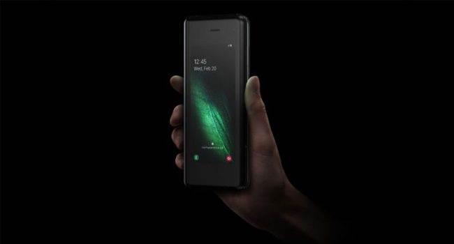 Pierwsze szczegóły na temat Samsung Galaxy Fold 2 ciekawostki Samsung Galaxy Fold 2  Koreańskie źródło Bell udostępniło pierwsze szczegóły dotyczące składanego smartfona Samsung Galaxy Fold 2. Oto one! Fold2 650x350