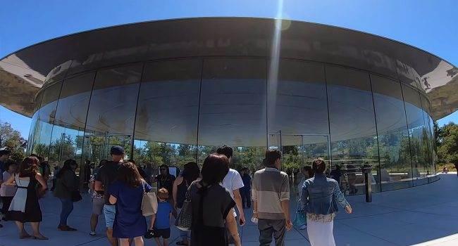 Yonsung Kim i jego niezwykła wycieczka po Apple Park polecane, ciekawostki Wideo, apple park od środka  Użytkownik Yonsung Kim zamieścił kilka dni temu na swoim kanale YouTube nieco ponad 3 minutowe wideo, na którym możemy zobaczyć kilka niezwykłych miejsc w Apple Park. Park 2 650x350