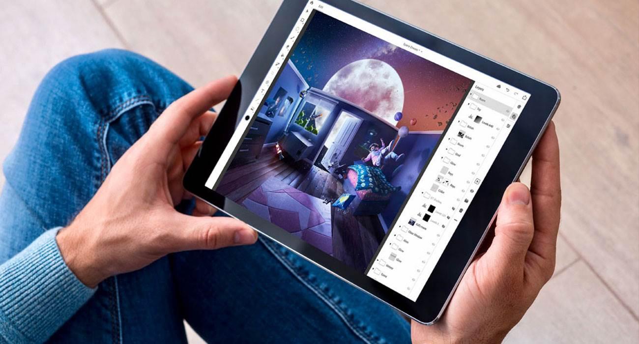 Photoshop dla iPad dostępny do pobrania w App Store polecane, ciekawostki Photoshop na iPad, Photoshop download, Photoshop, App Store  Rok po ogłoszeniu Adobe wreszcie udostępniło Photoshopa na iPada. Aplikację już możecie pobrać z App Store. Photoshop