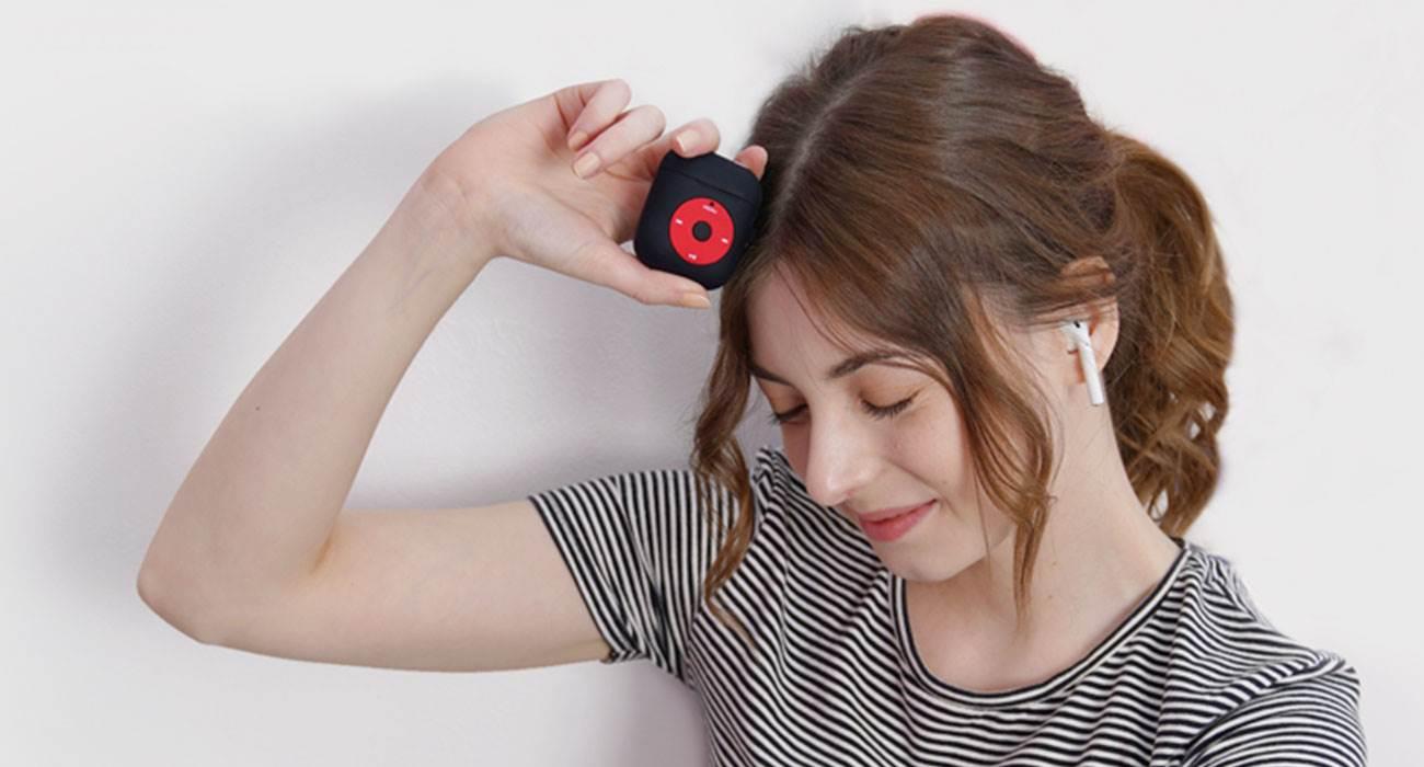 Elago wydaje obudowę dla AirPods w stylu iPoda Classic polecane, ciekawostki etui dla AirPOds w stylu iPad Classic, etui, Elago  Producent akcesoriów Elago wydał nową obudowę w stylu odtwarzacza iPod Classic dla bezprzewodowych słuchawek Apple AirPods. airpods