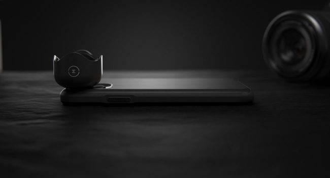 Nomad wprowadza do swojej oferty skórzane etui dla iPhone 11 / 11 Pro z obsługą obiektywów Moment polecane, ciekawostki soczewki moment, moment, iPhone 11, iPhone  Amerykański producent akcesoriów Nomad wypuścił nową serię skórzanych futerałów dla iPhone'a 11, iPhone'a 11 Pro i iPhone'a 11 Pro Max. Nowe otrzymały wsparcie dla obiektywów Moment. nomand 650x350