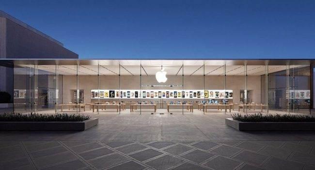 Apple ponownie otwiera wszystkie sklepy w Stanach Zjednoczonych polecane, ciekawostki USA, sklepy Apple, Apple Store  Firma Apple ponownie otworzyło wszystkie 270 sklepów detalicznych w USA, które były zamykane i otwierane od marca 2020 roku. AppleStore 650x350