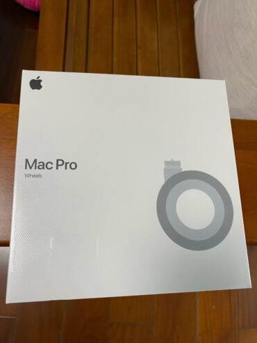 Pierwsze zdjęcia zestawu kółek dla Mac Pro, które kosztują niemal tyle co iPhone 11! polecane, ciekawostki Zdjęcia, kółka do Maca Pro, koła do Mac Pro, cena  W chińskiej sieci społecznościowej Weibo pojawiły się pierwsze zdjęcia z rozpakowywania zestawu kół do Mac Pro 2019, które trafiły do ??sprzedaży 15 marca tego roku. k1