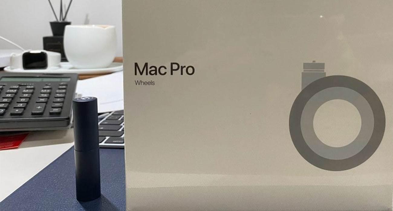Pierwsze zdjęcia zestawu kółek dla Mac Pro, które kosztują niemal tyle co iPhone 11! polecane, ciekawostki Zdjęcia, kółka do Maca Pro, koła do Mac Pro, cena  W chińskiej sieci społecznościowej Weibo pojawiły się pierwsze zdjęcia z rozpakowywania zestawu kół do Mac Pro 2019, które trafiły do ??sprzedaży 15 marca tego roku. kola MacPro