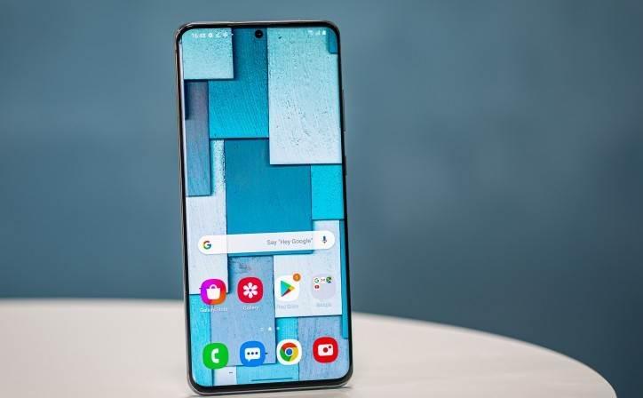 Google prowadzi rozmowy z Samsungiem, aby zastąpić Bixby Asystentem Google polecane, ciekawostki Samsung, Google, bixby  Google prowadzi rozmowy z Samsungiem, aby zastąpić asystenta głosowego Bixby Asystentem Google. Ponadto Samsung planuje zakończyć obsługę sklepu Galaxy Apps. sams