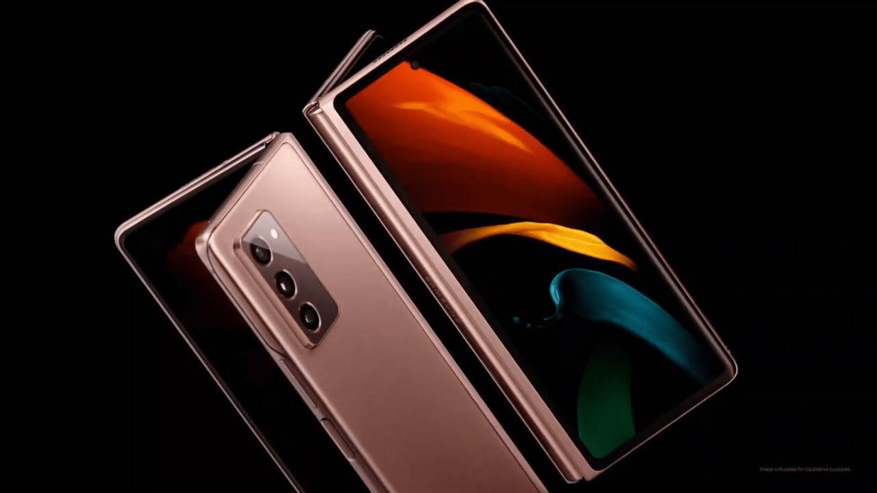 W sieci pojawiła się oficjalna reklama Samsung Galaxy Z Fold2 5G polecane, ciekawostki Wideo, Samsung Galaxy Z Fold2 5G, Samsung  \W sieci pojawiła się oficjalna reklama nowego składanego smartfona Samsung Galaxy Z Fold2 5G, która ujawnia kluczowe cechy i niektóre parametry techniczne gadżetu. fold1