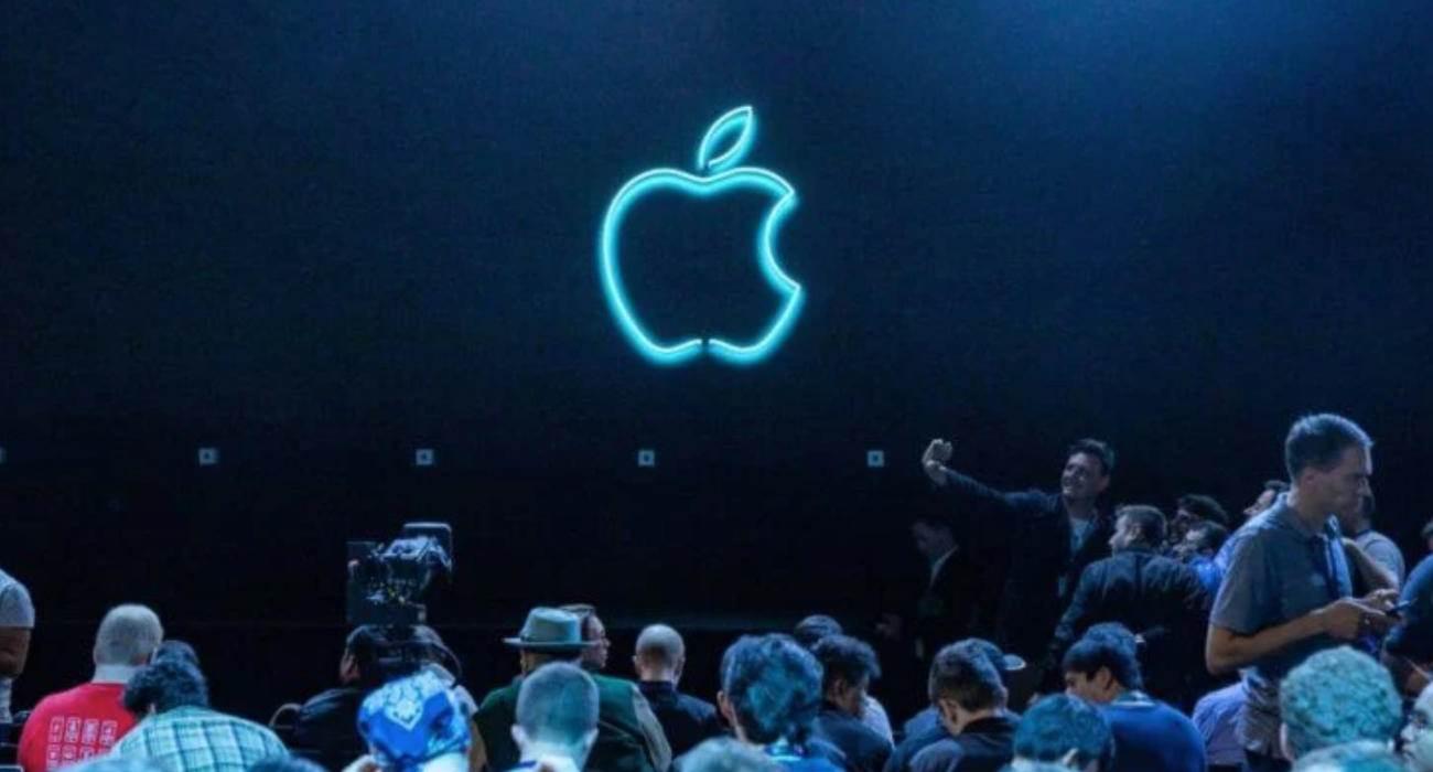 Prezentacja iPhone 13 / 13 Pro odbędzie się 14 września? ciekawostki iphone 13 touch id, iphone 13 pro max cena, iPhone 13 Pro max, iPhone 13 Pro, iphone 13 pink, iPhone 13 mini, iphone 13 kolory, iphone 13 kiedy premiera, iphone 13 kiedy, iphone 13 cena, iPhone 13  Kiedy odbędzie się prezentacja iPhone 13 / 13 Pro? To pytanie zadaje sobie nie jeden z Was, ale dziś być może poznaliśmy na nie odpowiedź. Event Apple