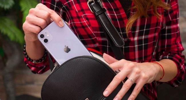 iPhone 11 to najlepiej sprzedający się smartfon na świecie w 2020 roku polecane, ciekawostki Sprzedaż, najlepiej sprzedajacy sie smartfon 2020, iPhone 11, Apple, 2020  Jak informuje firma analityczna Omdia, iPhone 11 był najlepiej sprzedającą się telefon na świecie w pierwszej połowie 2020 roku. iPhone11 650x350