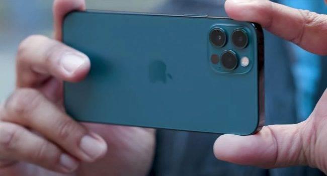 iPhone 12 Pro vs. Pixel 5 vs. Galaxy Note20 Ultra - porównanie zdjęć w trybie nocnym polecane, ciekawostki zdjecia w trybie nocnym, zdjęcia w trybie nocnym, zdjęcia w nocy, zdjęcia nocne, tryb nocny w iPhone 12 Pro, tryb nocny, porównanie zdjęc, jakie zdjęcia robi iPhone 12 Pro, iPhone 12 Pro, iPhone 12 i zdjęcia nocne, Apple  Porównań i testów iPhone 12 Pro ciąg dalszy. Dziś chcemy Wam przedstawić test aparatu najnowszego smartfona Apple, a dokładniej trybu nocnego. iPhone12Pro 1 5 650x350
