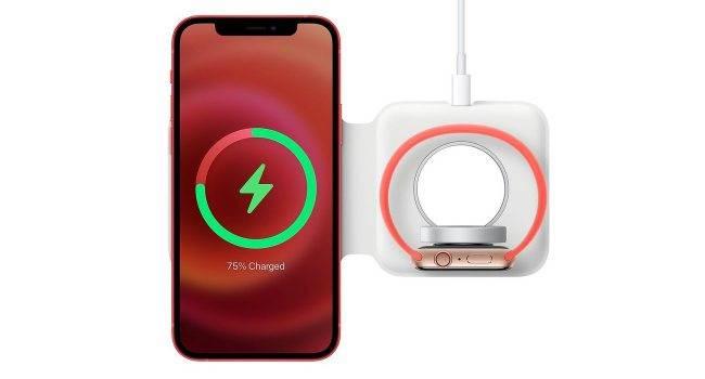 Podwójna ładowarka MagSafe pokazana na wideo polecane, ciekawostki Wideo, Podwójna ładowarka MagSafe, podwojna ladowarka Magsafe, magsafe, ładowarka MagSafe, cena w polsce, cena, Apple  Autor kanału DailyUse OS na YouTube udostępnił krótki film demonstrujący działanie podwójnej ładowarki MagSafe, która została zaprezentowana podczas prezentacji iPhone'a 12. Duo 650x350
