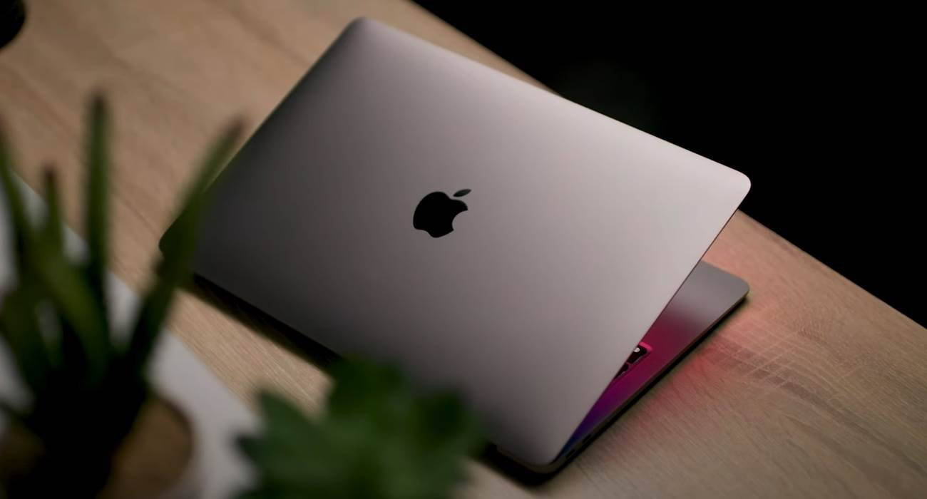Apple obiecuje naprawić Bluetooth w komputerach Mac z czipem M1 polecane, ciekawostki problem z bluetooth, macos, MacBook, M1  Apple obiecało naprawić problemy z podłączaniem urządzeń Bluetooth do komputerów Mac z chipami M1 w nadchodzącej aktualizacji macOS. MacBook