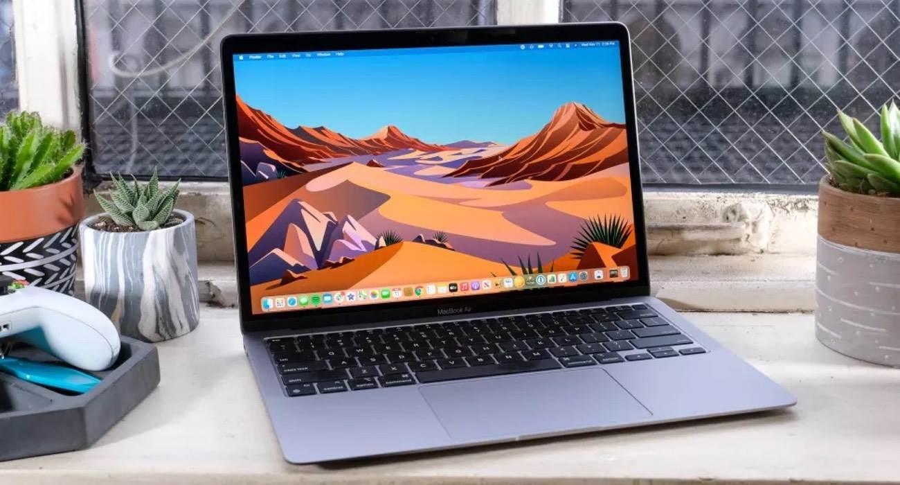 Apple wprowadza bezpłatny program wymiany baterii w MacBookach Pro 2016 i 2017 polecane, ciekawostki wymiana baterii w Macbook Pro, wadliwa bateria w Macbook pro, program darmowej wymiany baterii w macBook Pro, MacBook Pro, Apple  Wraz z systemem macOS Big Sur 11.2.1 firma Apple uruchomiło bezpłatny program wymiany baterii w MacBookach Pro z 2016 i 2017 roku. macbook 3