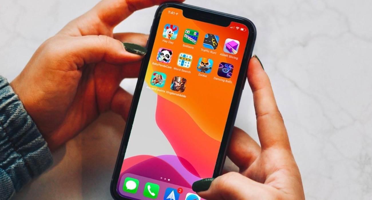 Apple przypomina deweloperom o nowej polityce płatności w UE polecane, ciekawostki UE, silne uwierzytelnianie, Apple  W nowym dokumencie pomocy Apple przypomina programistom, których aplikacje są dostępne w Europejskim Obszarze Gospodarczym, że zakupy będą musiały spełniać nowe wymagania dotyczące silnego uwierzytelniania klienta. AppStore