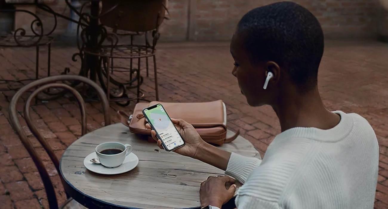 Apple publikuje nowy dokument o zarządzaniu danymi osobowymi na iPhone, iPad, Mac i Apple Watch polecane, ciekawostki prywatność, iPhone, iPad  Firma Apple opublikowała nowy dokument, który zawiera szczegółowe wskazówki o zarządzaniu danymi i informacjami na urządzeniach iPhone, iPad, Apple Watch i Mac. prywatnosc