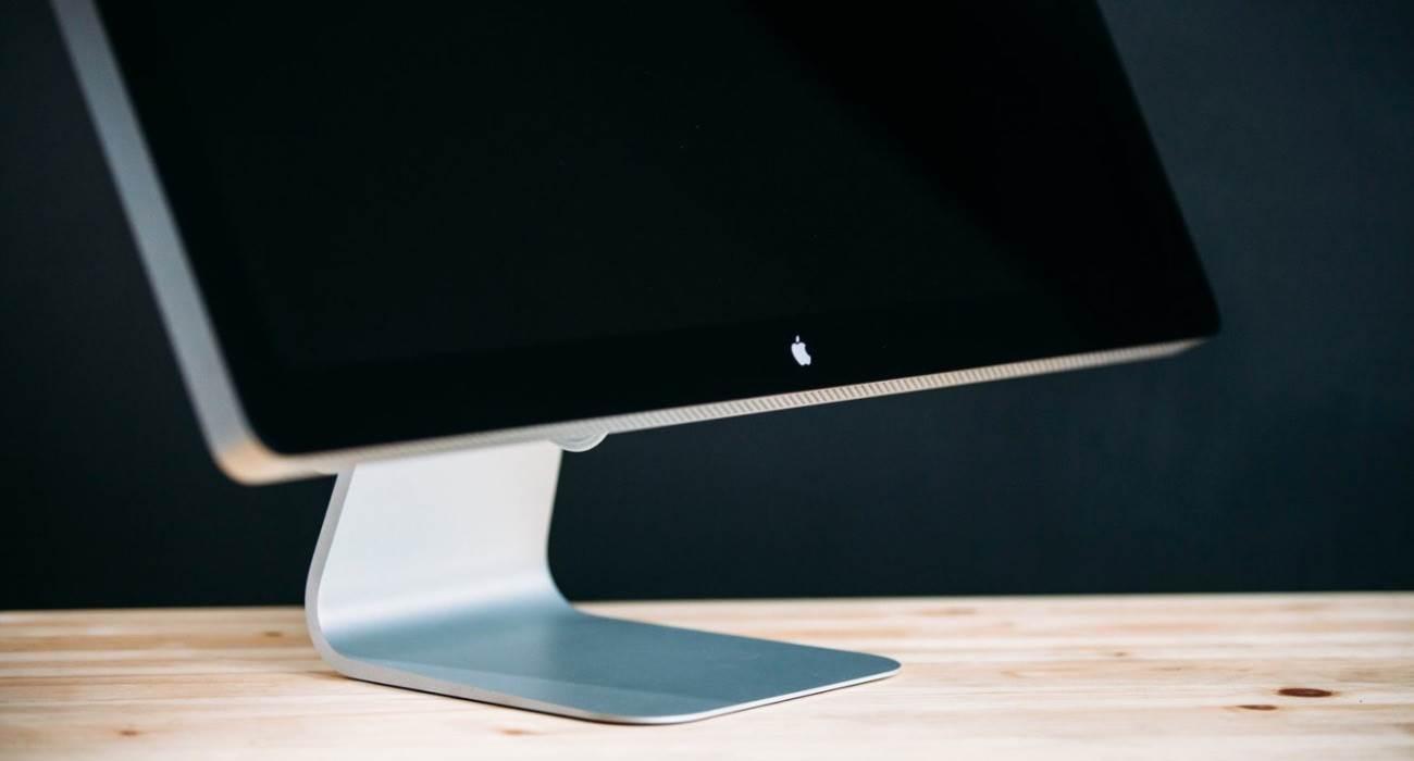 Apple opracowuje nowy niedrogi monitor Thunderbolt polecane, ciekawostki thunderbolt, niedrogi monitor Thunderbolt, monitor Thunderbolt, monitor, Apple Thunderbolt, 2021  Apple rozpoczęło prace nad nowym niedrogim monitorem zewnętrznym, który będzie następcą Thunderbolt, wydanego w 2011 roku i wycofanego w 2016 roku. Monitor