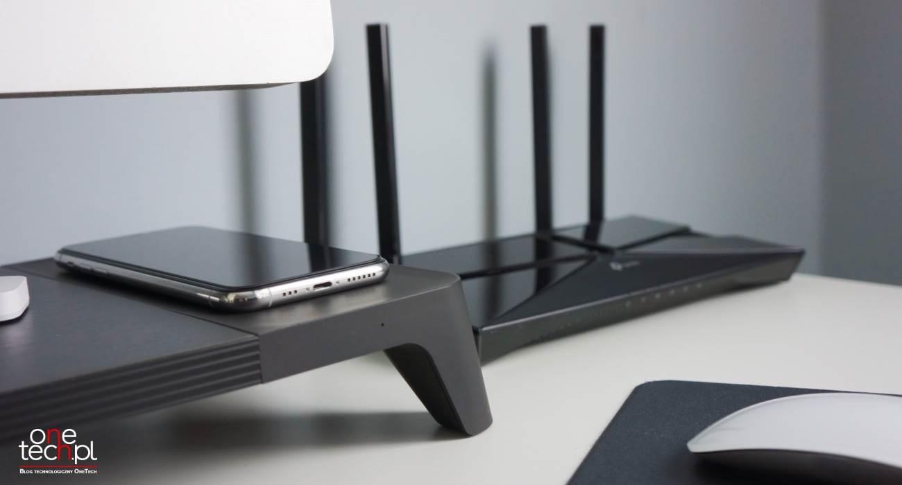 TP-Link Archer AX10 - niedrogi router z Wi-Fi 6 polecane, ciekawostki wi-fi 6, TP-Link, tani router z wi-fi 6, router w wi-fi 6, router, niedrogi router w wi-fi 6, Archer AX10  TP-Link Archer AX10 to niedrogi router z obsługą Wi-Fi 6. Dzięki tej funkcji router jest w stanie osiągać duże prędkości bezprzewodowe, co pozwala na wykonywanie wielu operacji przy dużym obciążeniu. TP AX10 1