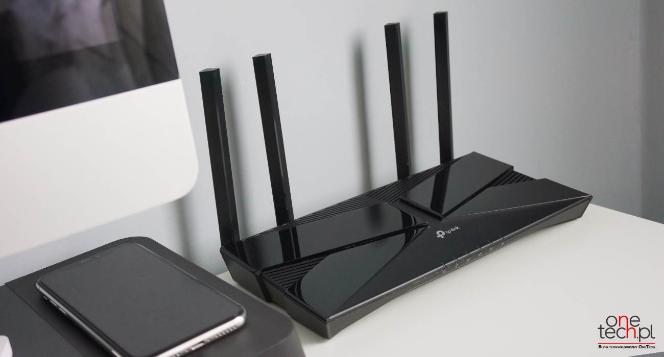 TP-Link Archer AX10 - niedrogi router z Wi-Fi 6 polecane, ciekawostki wi-fi 6, TP-Link, tani router z wi-fi 6, router w wi-fi 6, router, niedrogi router w wi-fi 6, Archer AX10  TP-Link Archer AX10 to niedrogi router z obsługą Wi-Fi 6. Dzięki tej funkcji router jest w stanie osiągać duże prędkości bezprzewodowe, co pozwala na wykonywanie wielu operacji przy dużym obciążeniu. TP AX10 2