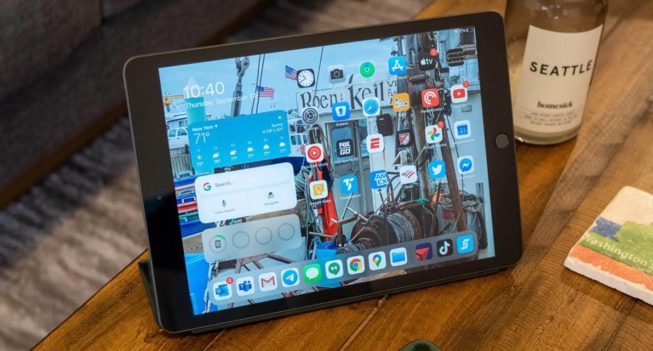 Apple iPad 9. generacji będzie cieńszy i lżejszy polecane, ciekawostki iPad 9 generacji, Apple  Według Maca Otakara, iPad 9. generacji , którego Apple ma wprowadzić na rynek w 2021 roku, może mieć podobny wygląd do iPada Air trzeciej generacji. iPadAir
