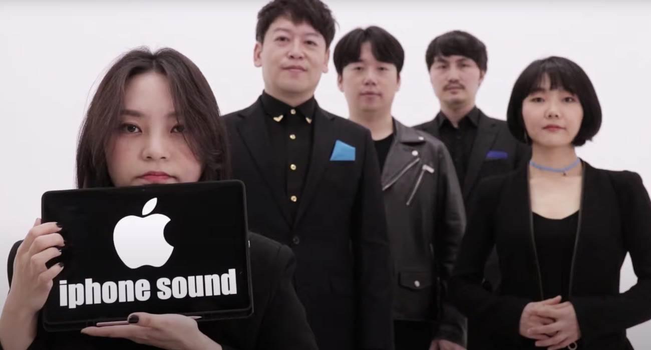 Najpopularniejsze dźwięki systemowe iPhone'a w A Capella polecane, ciekawostki Wideo, Maytree, iPhone, dzwieki z iPhone a capella, dzwięki z iPhone, dźwięki, Apple, a capella  W zeszłym miesiącu południowokoreańska grupa Maytree zebrała pochwały za wideo w którym wykonała A Capella efekty dźwiękowe z systemu Windows. W nowym wideo grupa zajęła się dźwiękami z iPhone. Acapella