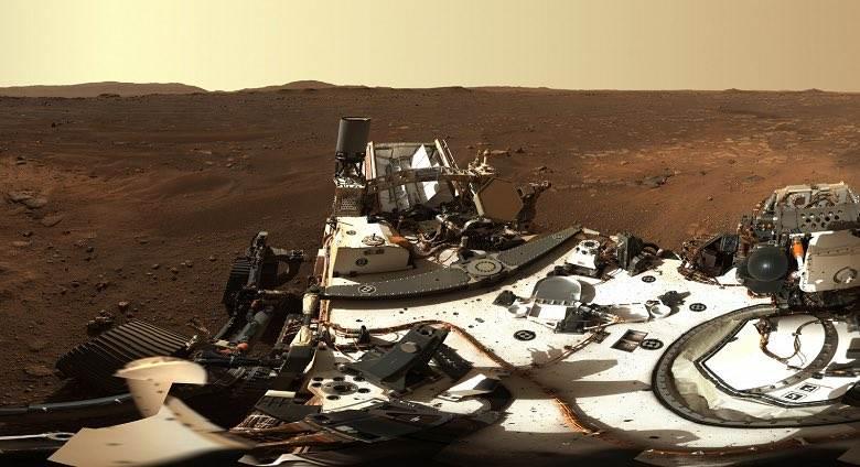 Pierwsza panorama Marsa w ogromnej rozdzielczości polecane, ciekawostki zdjęcie, Perseverance, panorama Marsa w dużej rozdzielczości, panorama marsa, panorama, Mars, Łazik Perseverance  Łazik Perseverance wysłał na Ziemię pierwszą panoramę Czerwonej Planety w wysokiej rozdzielczości, która została wykonana przy użyciu Mastcam-Z. mars 1