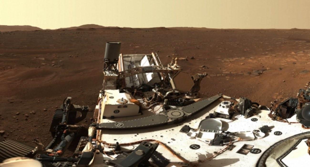 Pierwsza panorama Marsa w ogromnej rozdzielczości polecane, ciekawostki zdjęcie, Perseverance, panorama Marsa w dużej rozdzielczości, panorama marsa, panorama, Mars, Łazik Perseverance  Łazik Perseverance wysłał na Ziemię pierwszą panoramę Czerwonej Planety w wysokiej rozdzielczości, która została wykonana przy użyciu Mastcam-Z. mars