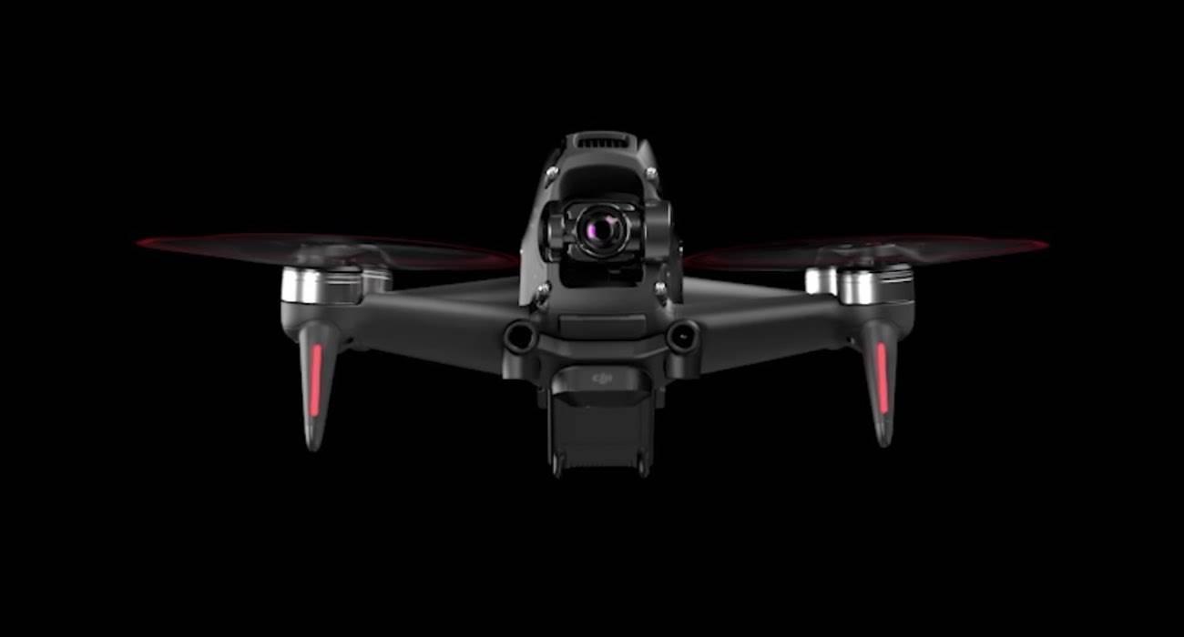 DJI FPV - sportowy dron, który lata z prędkością 140 km/h polecane, ciekawostki Wideo, sportowy dron DJI, sportowy dron, ile kosztuje DJI FPV, DJI FPV, DJI, cena DJI FPV, 140 km/h  DJI zaprezentowało swojego pierwszego drona wyścigowego FPV, który jest w stanie latać z prędkością 140 km/h! DJI PHV 1