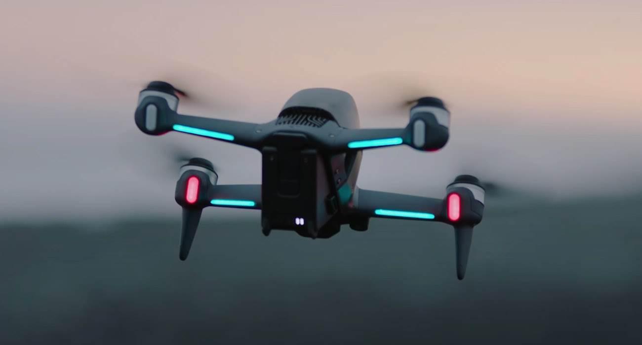DJI FPV - sportowy dron, który lata z prędkością 140 km/h polecane, ciekawostki Wideo, sportowy dron DJI, sportowy dron, ile kosztuje DJI FPV, DJI FPV, DJI, cena DJI FPV, 140 km/h  DJI zaprezentowało swojego pierwszego drona wyścigowego FPV, który jest w stanie latać z prędkością 140 km/h! DJI PHV