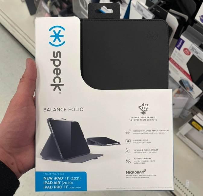 Etui dla nowego niezaprezentowanego jeszcze 11-calowego iPada 2021 już dostępne w sprzedaży polecane, ciekawostki prezentacja iPad Pro 2021, iPad Pro 2021, etui do iPad Pro 2021, Apple  Oficjalna prezentacja nowych urządzeń Apple dopiero przed nami, a w sieci już pojawiło się zdjęcie etui do 11-calowego iPada nowej generacji. ipad 11 2021 etui