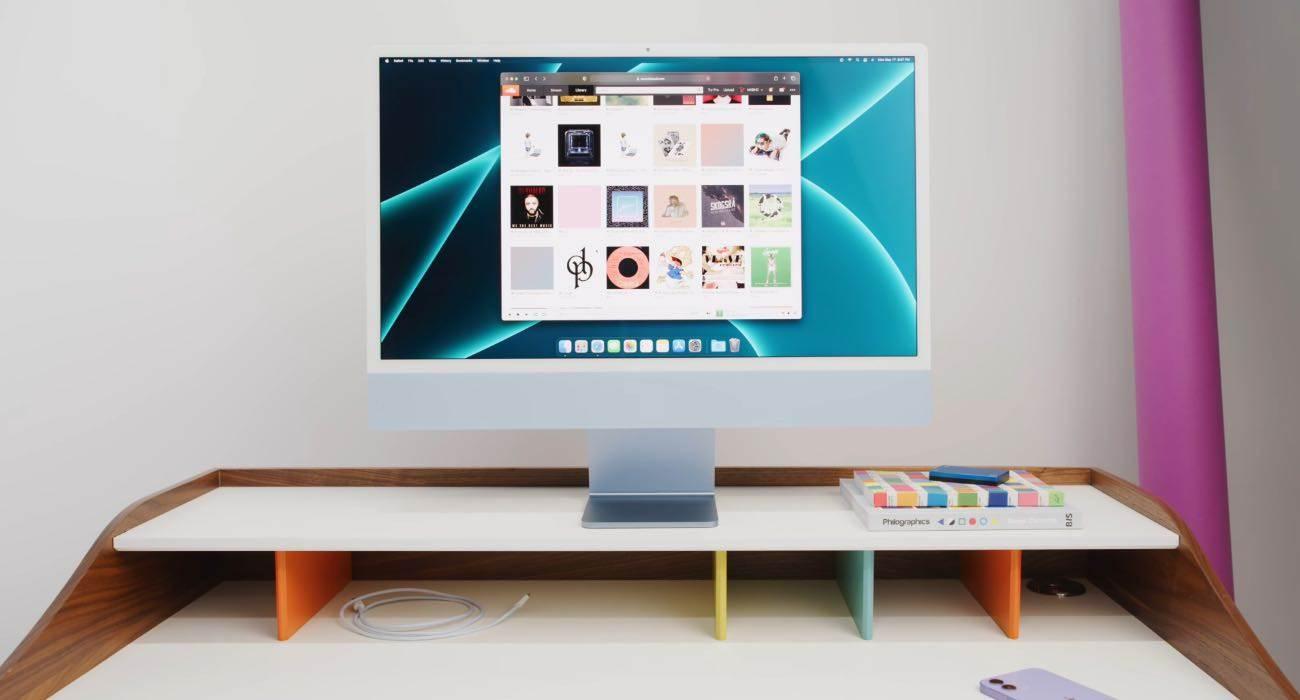 Jony Ive brał udział w projektowaniu nowego iMaca z procesorem M1 polecane, ciekawostki Jony Ive, iMac z procesorem M1, iMac z M1  Mimo odejścia z firmy w 2019 roku były główny projektant Apple, Jony Ive, był zaangażowany w rozwój nowego 24-calowego iMaca.  iMac 4