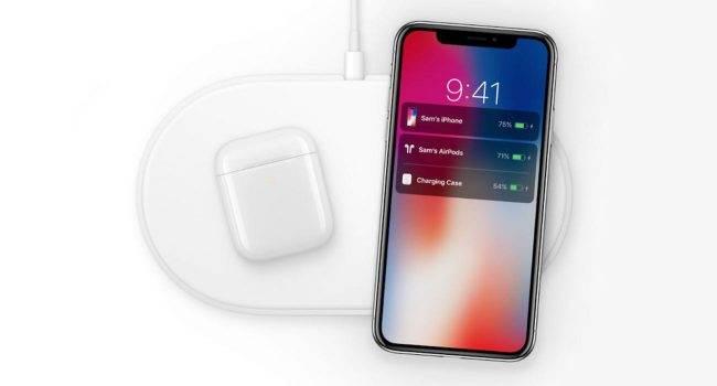 Apple opracowuje nową wersję ładowarki AirPower polecane, ciekawostki Apple, AirPower  Apple nadal rozwija bezprzewodową ładowarkę pomimo wycofywania AirPower w 2019 roku. Opowiedział o tym dziennikarz Mark Gurman z Bloomberg. AirPower 650x350