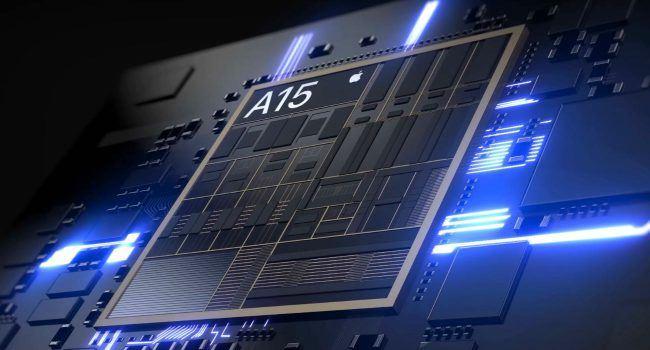 iPhone 13 z chipem Apple A15 osiąga imponujące wyniki w teście grafiki Manhattan 3.1 ciekawostki test grafiki, test, manhattan 3.1, iPhone 13, czip apple a15, a15  Informator FrontTron napisał na Twitterze, że procesor graficzny Apple A15 dla iPhone'a 13 jest o 13,7% szybszy niż zeszłoroczny A14 Bionic. A15 Apple 650x350