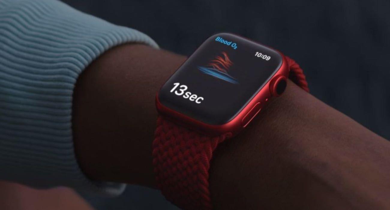 Naukowcy sprawdzili dokładność działania pulsoksymetru w Apple Watch Series 6 ciekawostki saturacja, pulsoksymetr w apple watch, poziom tlenu we krwi, poziom tlenu, jak dokladny jest pulsoksymetr w apple watch, Apple Watch Series 7  Naukowcy z Uniwersytetu São Paulo w Brazylii porównali działanie pulsyksometru w Apple Watch Series 6 z kilkoma komercyjnymi pulsoksymetrami używanymi w szpitalach. AppleWatch 1